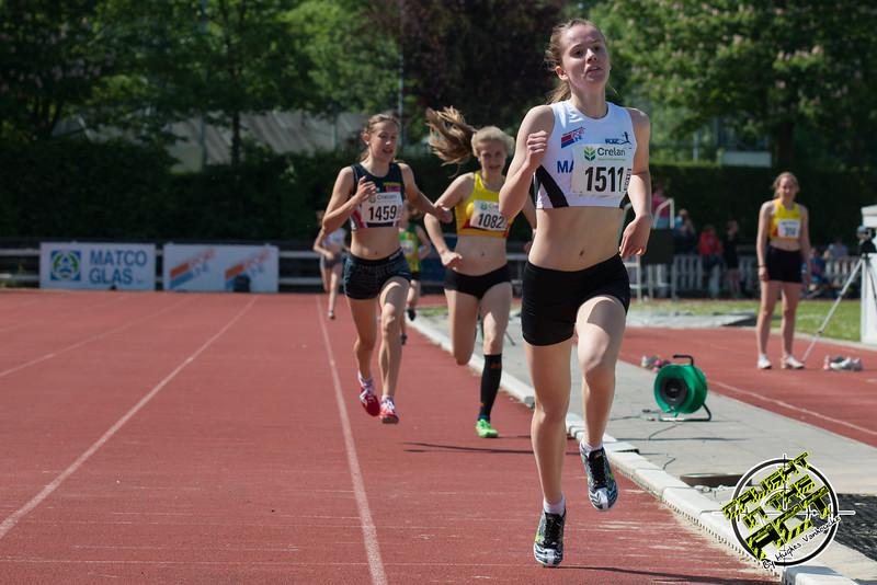 Afgetekende winst voor Femke Viaene op de 800 M cadetten meisjes - Memorial Leon Denys - Atletiekpiste Izegem - West-Vlaanderen