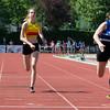 1OO M Dames met vlnr Kristien Oplinus (FLAC),  Kelly Deloddere (KKS) & Virginie Catry (AVR) - Memorial Leon Denys - Atletiekpiste Izegem - West-Vlaanderen