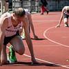 Start van Jan Carly van FLAC Hoppeland op de 400 M Horden - Memorial Leon Denys - Atletiekpiste Izegem - West-Vlaanderen