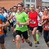Steven & Pieter Vervenne uit Menen lopen voor Juanito Bettens (# 401) - Milcobel Run 2014 - Langemark - West-Vlaanderen