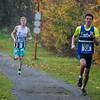 Halfweg de wedstrijd zijn de podiumplaatsen reeds bekend, Thomas Dekeyser uit Koekelare loopt vooraan - Milcobel Run 2014 - Langemark - West-Vlaanderen