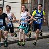 Eerste hectometers op de jogging met vlnr Tom Willemyns, Yngwie Vanhoucke, Jonathan Goudeseun, Thomas Dekeyser en de jonge Evert Cottyn uit Oostnieuwkerke - Milcobel Run 2014 - Langemark - West-Vlaanderen