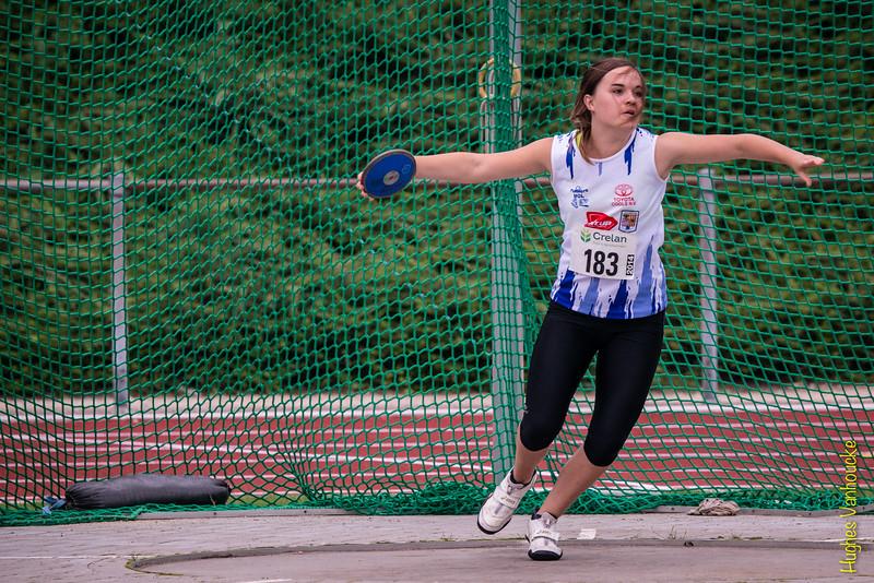 Goud voor Lore Vanbroekhoven bij de cadetten meisjes.