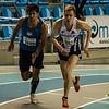 Maxime Michel & Lars Oosterlinck bij de start van de tweede reeks 800 M - 800 M - Open Belgisch Studenten Kampioenschap - BLOSO Topsporthal - Gent