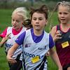 Amaya Vanhoucke (# 0191) en twee FLAC atletes