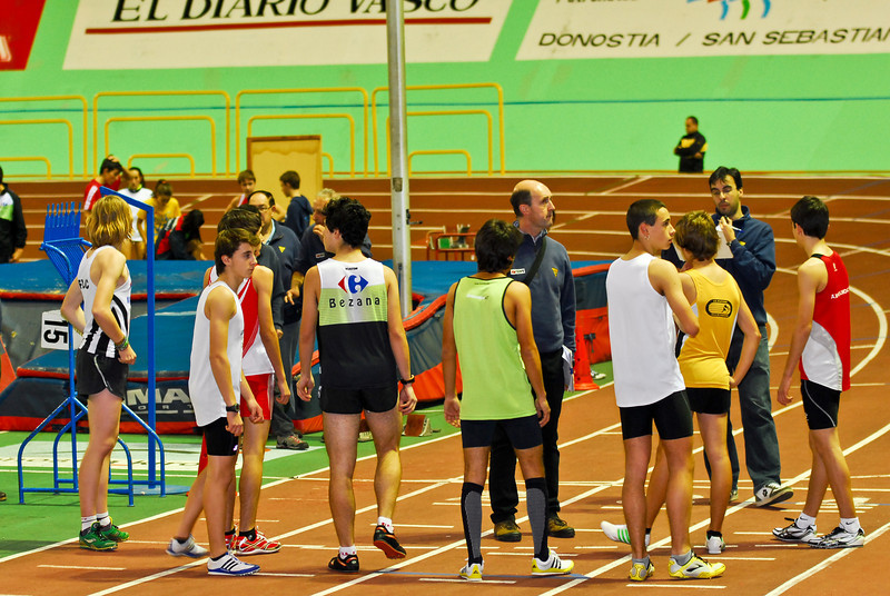 Start 600 M indoor - Anoeta - San Sebastián - Guipúzcoa - Baskenland - Spanje<br /> <br /> Salida 600 M en Anoeta - San Sebastián - Guipúzcoa - País Vasco - España<br /> <br /> Start of the 600 M in Anoeta - San Sebastián - Guipúzcoa - Basque Country - Spain<br /> <br /> Départ du 600 M à Anoeta - San Sebastián - Guipúzcoa - Pays Basque - Espagne
