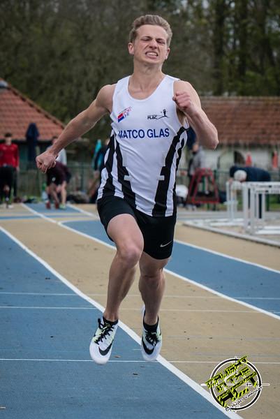 Massimo Renson (FLAC) - Finale 100 M Juniors - Sportpark De Lenspolder - Nieuwpoort  Zaterdag 25 april '15
