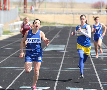 Arthur County's Emily Vinton in the girls 200 meter