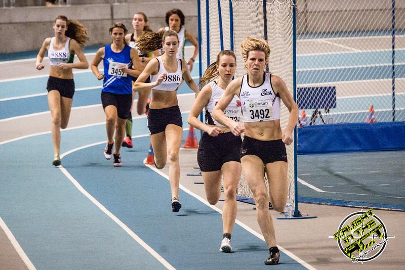 Derde reeks 800 M bij de dames - Vlierzele Sportief Indoor Meeting - BLOSO Topsporthal - Gent