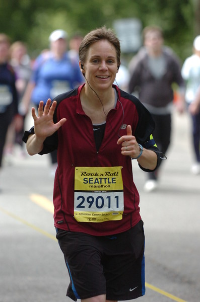 2012 Seattle Rock 'n' Roll Marathon<br /> My attempt at replicating the Most Photogenic Man meme...