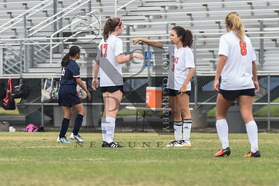 TMI def. Vet Memeorial 2-0 in Girl's Soccer at the SAISD Tournament on 14Jan17. Gallery: http://smu.gs/2iytcyM
