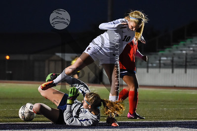 SA Churchill def. Houston Lamar 9-1 in the Smithson Valley Soccer Tournament on 5Jan17. Gallery: http://smu.gs/2iQLwUP