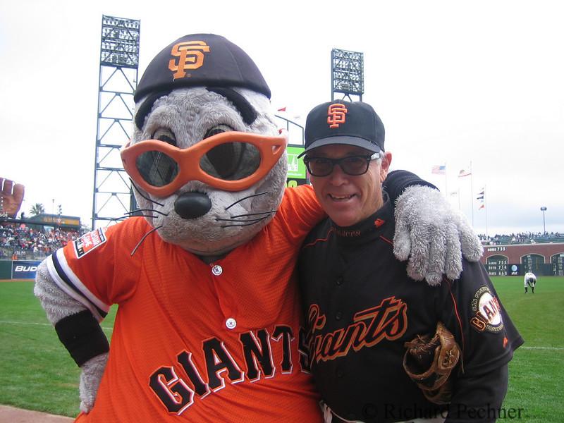 Lou Seal and the Balldude, 4/7/07, vs LA Dodgers