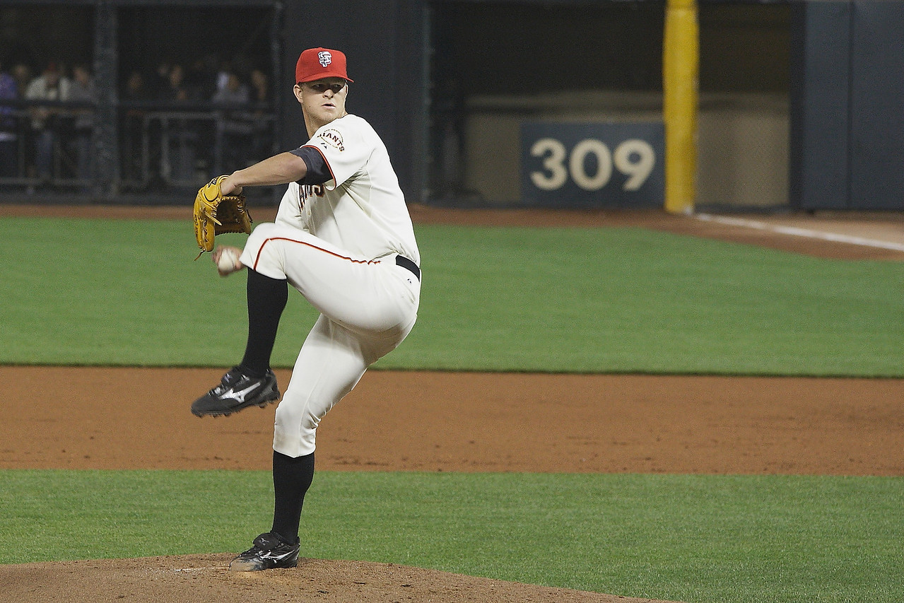 Matt Cain in late 2009 against the Dodgers.