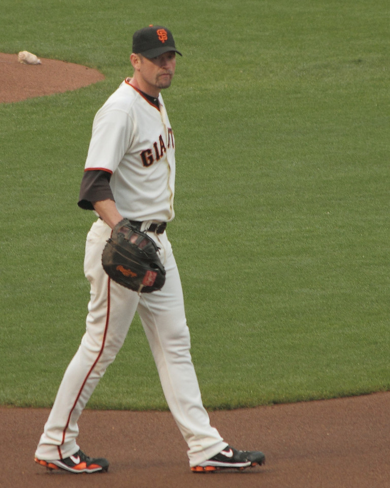 After playing a variety of positions in the field, including left and right field, and third base, Huff settled in at first base when Posey assumed the everyday catcher's role.