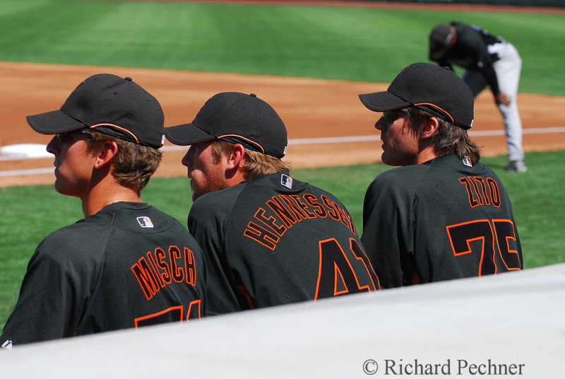 Misch, Hennessey & Zito on the dugout steps.