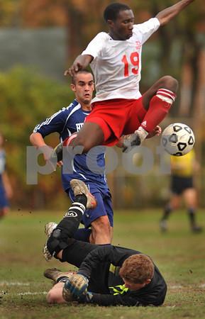 #5, Hewlett Goalie, and #19 VSSouth. VSS HS Boys soccer vs Hewlett, 0-1 OT, Oct. 31st, 2009. Photo by Kathy Leistner