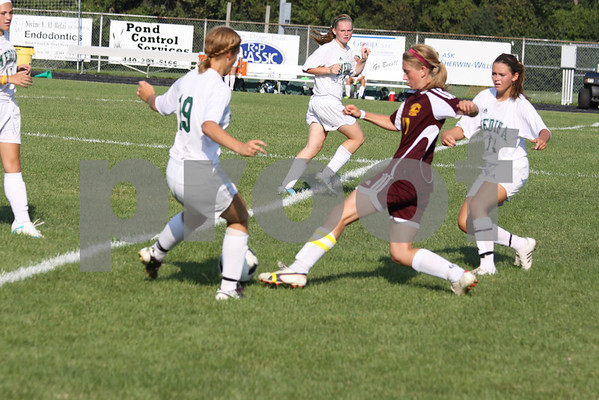 Avon Lake girls Soccer 8-24-11