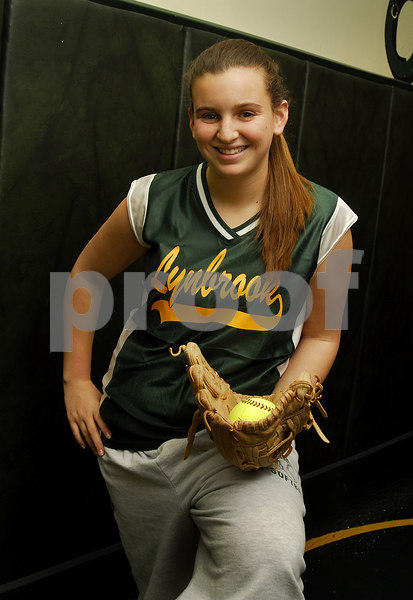 Samantha Epstein, Lynbrook HS Softball 2007. Photo by Kathy Leistner