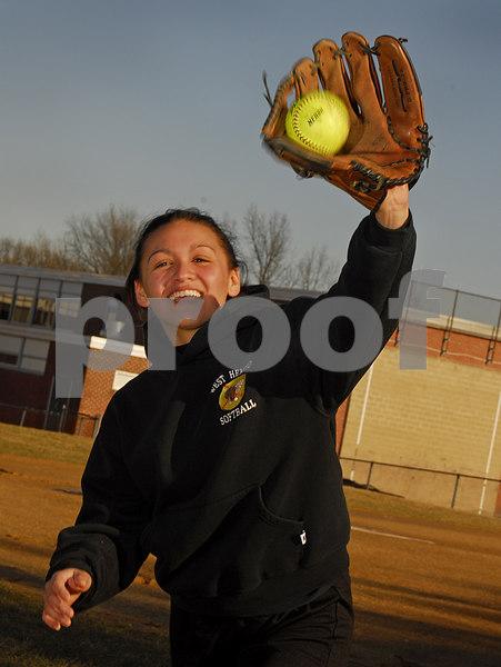 Lauren Leone  W  Hempstead Softball 2007  _KPL3050