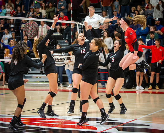 SOU Volleyball 11-16-19