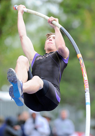Boulder's MacKenzie Felkley shoots upward for the bar in the pole vault during the State Track and Field Championships at Jefferson County Stadium in Lakewood, Colorado May 19, 2011.  CAMERA/Mark Leffingwell