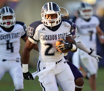 Jackson State running back Tommy Gooden runs for a touchdown during the first half.