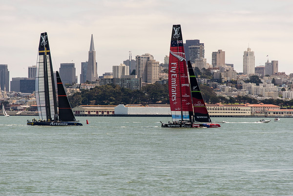 Artemis & Team New Zealand practice on San Francisco Bay.