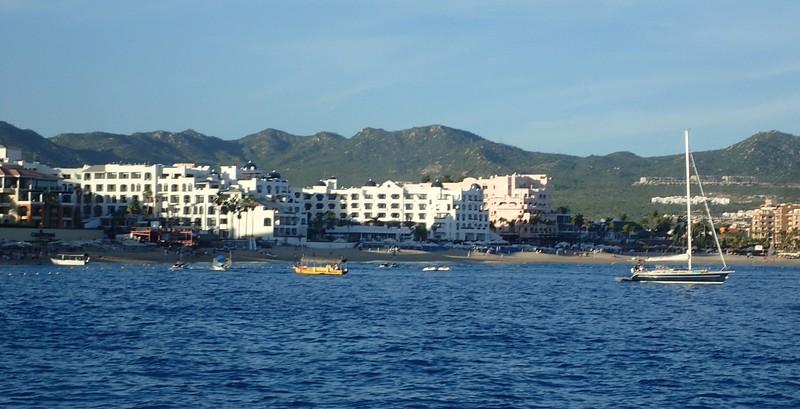 Condo dense-pac in Cabo
