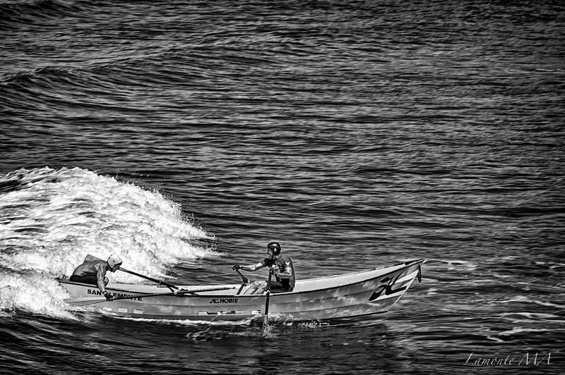 Dory Boat Race B & W