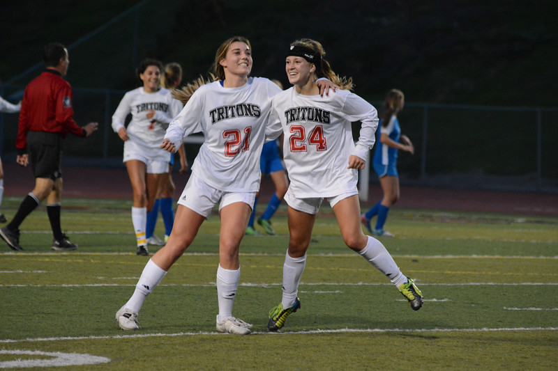 2015 San Clemente Triton Girls Soccer