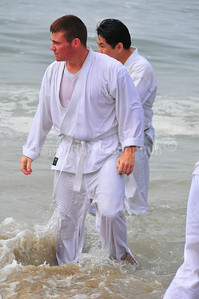 Santa Cruz Beach Training 2009, hosted by Shinkyu Shotokan Karate. Foggy and cold in the morning but then the sky opened up right when we about to get started.   Many Kihon combination by Jon Keeling sensei that made us felt like... OMG --- pushup, front leg maegeri, rear leg maegeri, punch, punch :)