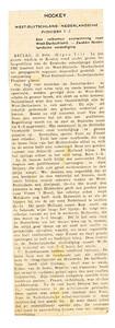 19280219 Artikel uit Algemeen Handelsblad 19 februari 1928 ochtend Opmerking: Frits Drijver viel na rust in Pioniers-elftal.  Collectie Bakker Schut groot  lag los bij foto