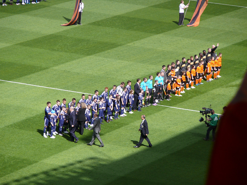 Teams line up.