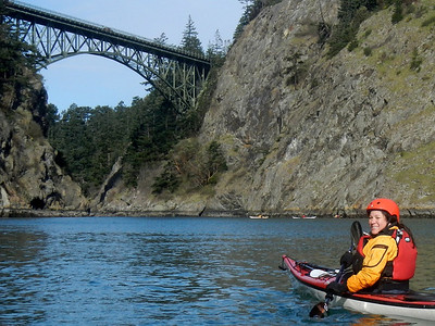 Tina approaching Canoe Pass. The other half of the class were already having fun in Canoe Pass' currents.