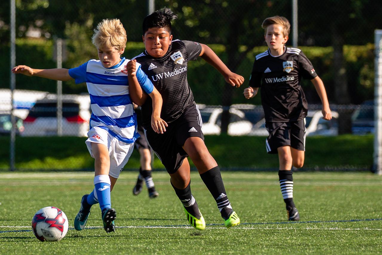 IMAGE: https://photos.smugmug.com/Sports/Seattle-United-B06-White-South/201809-Vancouver-Tournament/i-JgqcDMq/1/5e9720c3/X2/3H4A3271-X2.jpg