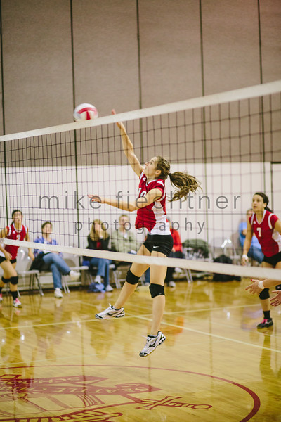 2013_09_28 HS Volleyball-032