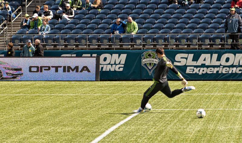 Gspurning practicing goal kicks.