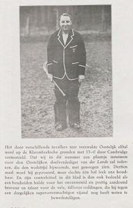 19270111 De Corinthian 21 januari 1927. P. 42. Jan van der Lande bij de wedstrijd van het Oostelijk elftal tegen Cambridge. Hier de uitslag 13-0!