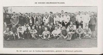 19261219 Frits Drijver zittend van links nr. 6   Revue der sporten jrg. 20 1926 nr. 17 20 december 1926, p. 264