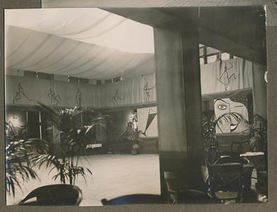 19331111 Onderschrift: 1913-1933 D.H.V.  Opmerking: de Buitensocieteit bij het lustrum in1933  CollectieJanBlomgrijsblauw Fotograaf: onbekend Formaat:  11 x 9  Afdruk zw