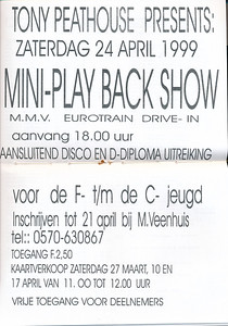 19990424 Aankondiging Mini Playbackshow 24 april 1999.  Opmerking: Tony Peathouse = Toine Veenhuis.   De Telescoop 22 maart 1999, middenblad