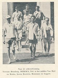 1948 Onderschrift: zie foto Opmerking: Harry Derckx bij Olympische Spelen in Londen 1948  Overgenomen uit Hockeysport 15 (1948) 34, p. 648.   Clubnieuws 9 (1948) 15, p. 6 Fotograaf: onbekend