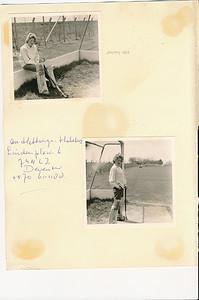 1963  Onderschrift: Hockey 1963  Opmerking: Ann Hakeboom als keeper  Zie andere foto Ann Hakeboom bij het seizoen 1959-1960.   CollectieAnnHakeboom Fotograaf: onbekend Formaat: beide 9 x 9  Afdruk zw