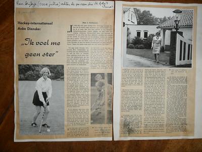 19660604 Artikel over Anke Dienske in ??? van 4 juni 1966. Mogelijk in een sporttijdschrift?  Dit is een foto gemaakt met flits gemaakt door JWBlom op 8 juli 2014.   Collectie Anke Dienske