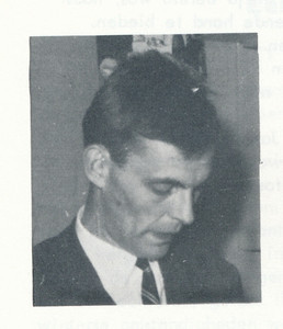196605 Onderschrift: geen. Bij artikel over afscheid Willem Guitink.  Opnmerking: Willem Guitink   Clubnieuws 27 (1965-1966) 4, p.  5 Fotograaf: onbekend  Formaat:   4 x 4 Afdruk zw