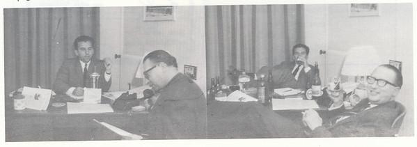 196611 Onderschrift: geen In artikel: redactie met de beker voor het beste clubblad van Deventer. Opmerking: Seger Klunk en Jacques Eymans  Clubnieuws 27 (1966) 6 p.29 Fotgraaf; onbekend Formaat: 13 x 4 Afdruk zw