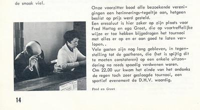 19670327 Onderschrift: zie foto  Opmerking: Fred en Greet Hartog achter wedstrijdtafel   Clubnieuws 28 (1967) 2 me3 1967, p. 14  Fotograaf: onbekend Formaat: nvt Afdruk zw