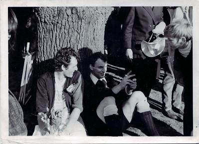 19720409 Waarschijnlijk beslissingswedstrijd Heren I tegen DKS bij Zwolle op 9 april 1972 Na afloop: Ed van Orden en Eef Kooij na de strafballen   CollectieEdvanOrden Fotograaf: onbekend Formaat; 7.5 x 10.5 Afdruk zw