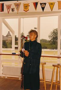 19880910  Achterop: niets echter 10-9-1988 Toespraak door ? secr. DHV    CollectiePollman  Fotograaf Pollmann  Formaat: 15 x 10  Afdruk kleur